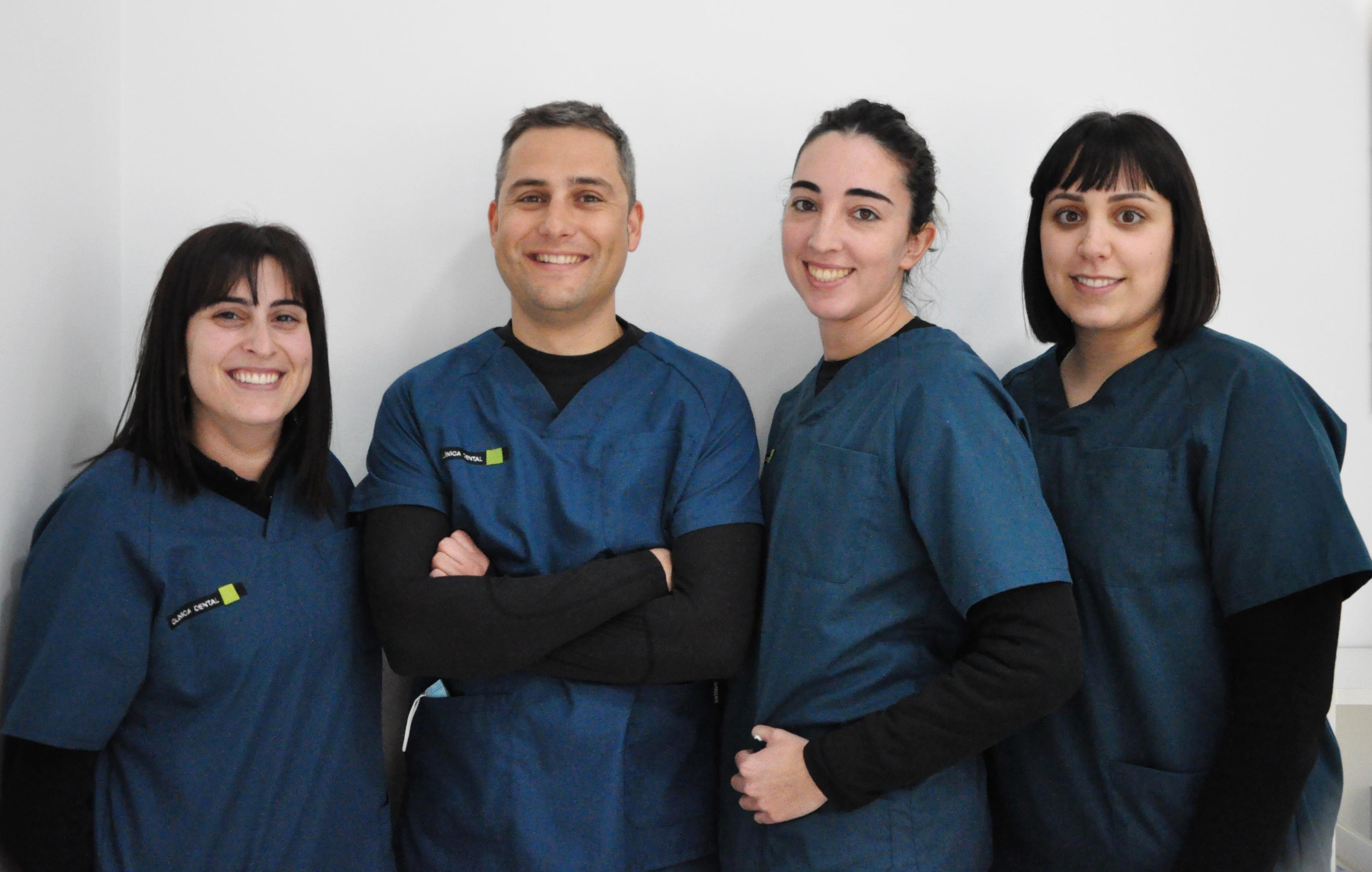 Somos un equipo de profesionales bien preparados, con una gran experiencia y con una única meta: La salud de tu boca.